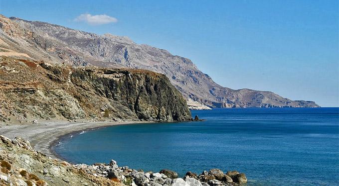Treis Ekklisies strand Krétán
